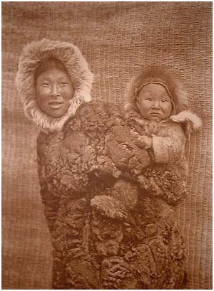 nw-ak_woman and child-nunivak