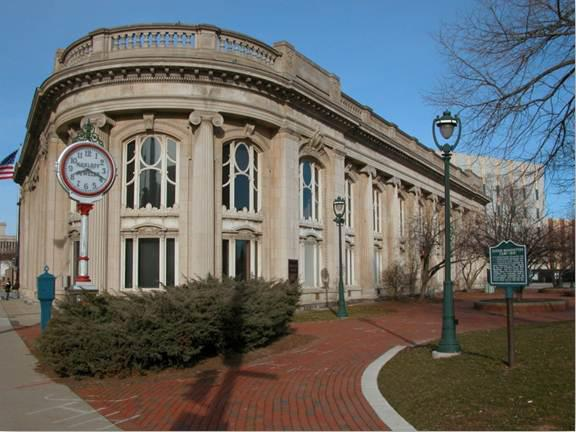 Milwaukee_County_Historical_Society_-_Southeast_Facade
